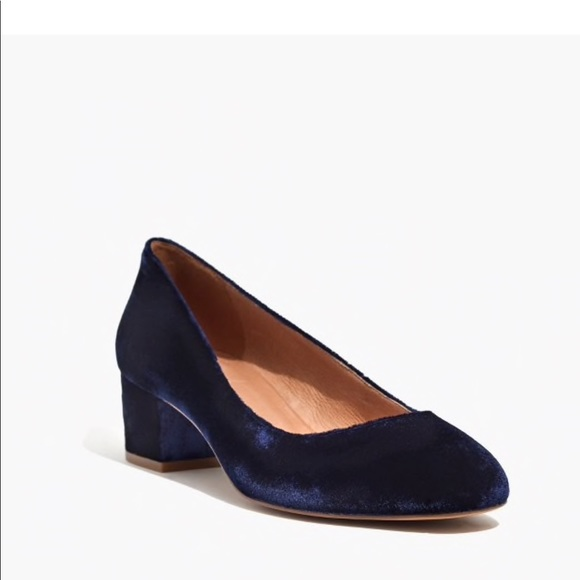 20d2d2bcac4 Madewell Shoes - Madewell Ella pump in velvet